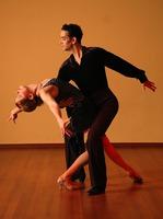 dancing-929816_1920.jpeg